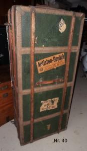 Schrankkoffer Nr. 40 vor der Renovierung