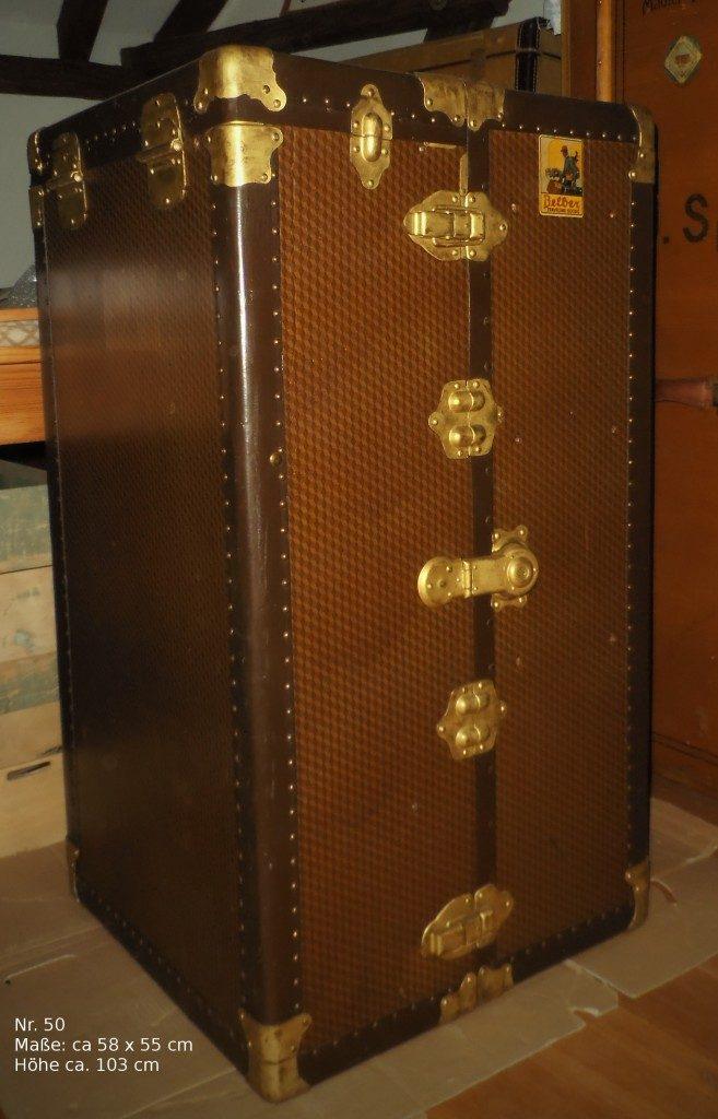 20353542cc066 Die Firma wurde 1891 in Philadelphia von den beiden Brüdern Belber  gegründet und stellte Reisegepäck aller Art her  Koffer